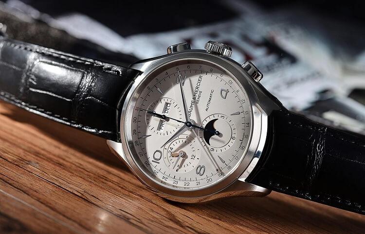 Đồng hồ được bán rất chạy ở Fado