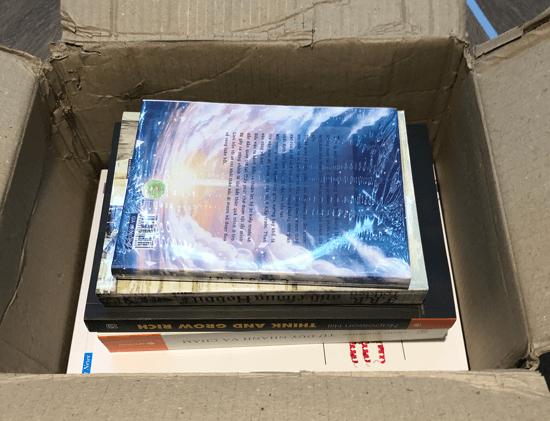 Tiki bán nhiều sách giảm giá