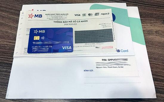 MBBank gửi thẻ ATM về nhà sau khi đăng ký online
